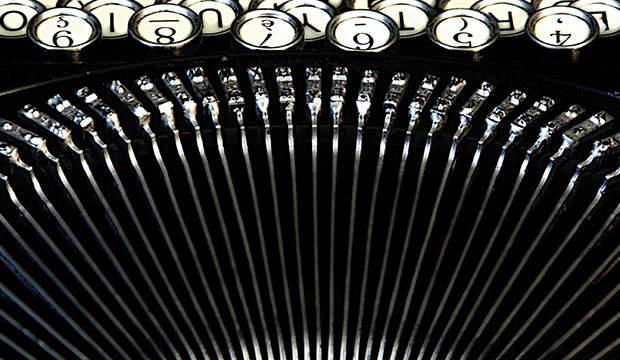 machine-a-ecrire-04-noir
