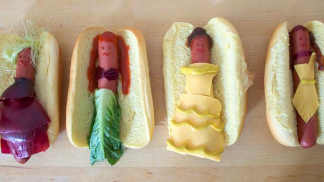 Les princesses Disney en hot-dog, c'est le repas à la mode sur le web! Agrémentés de légumes, ces hot-dogs royaux n'ont rien à envier à leurs modèles.