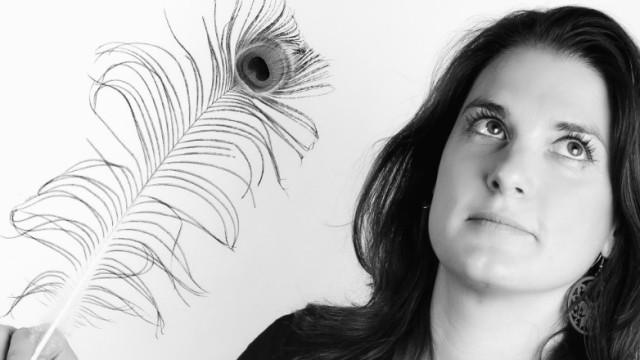 L'économie de l'attention est indissociable d'une bonne stratégie de contenu. Eve Demange, fondatrice de plume-interactive nous éclaire sur le sujet.